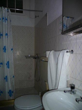 Hospedaria Por do Sol: Badezimmer
