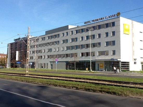 Hotel Premiere Classe Wroclaw Centrum : Ein Gebäude, zwei Hotels, premiere classe und campanille