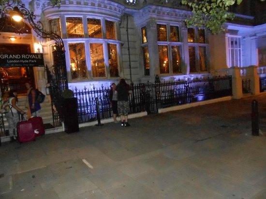 Grand Royale London Hyde Park: Ingresso principale