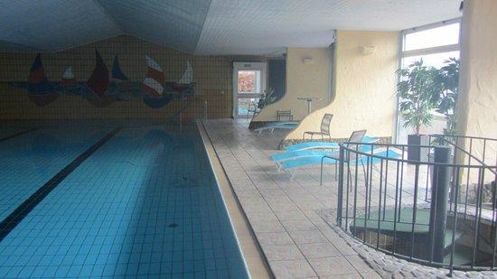 Hotel Lahnblick: Hotelpool