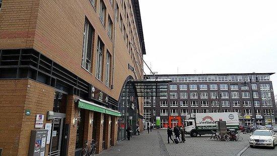 Courtyard Bremen: Lage zum Hbf Rückseite