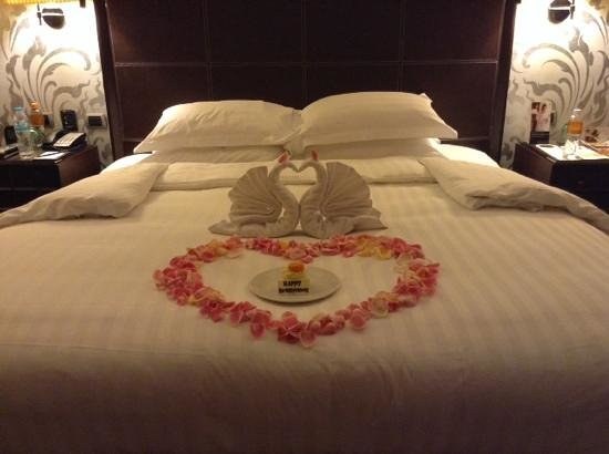 Pullman Bangkok Grande Sukhumvit : Cute honeymoon gift from the hotel.