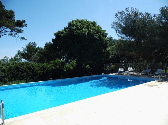 Le Domaine de la Mer : La piscine