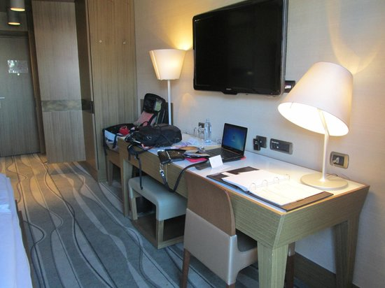Grand Hotel Europa : General view of the room (sufficient electrical outlets)