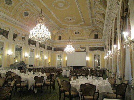 Grand Hotel Europa: Reception or function room in the hotel