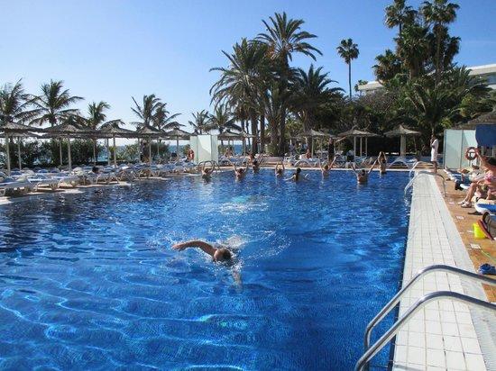 VIK Hotel San Antonio: Sea water pool