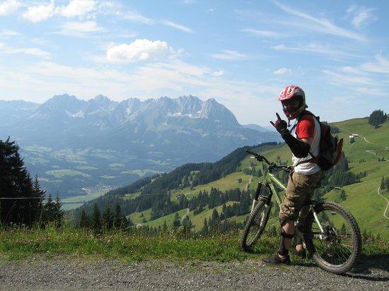 Mountain Edge Radverleih: On top!