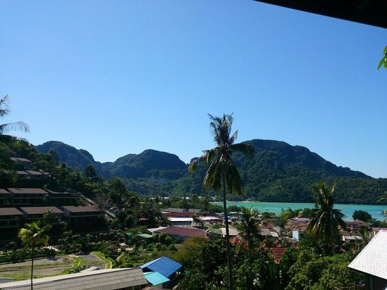 Phitharom Phi Phi Resort: View from my bed room