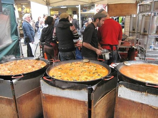 Portobello Road Market: Investito dal profumino di paella