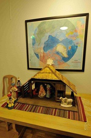 Svalbard Kirke: Nativity scene