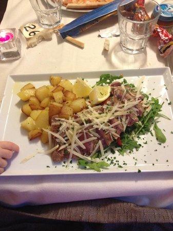 Ristorante Pizzeria Borgo San Giovanni : Tagliata con pachino grana e rucola