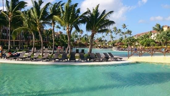 Now Larimar Punta Cana: Main pool