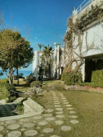 Korumar Hotel De Luxe : the gardens