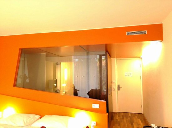 Spa Hotel Bruendl : 寬敞又舒服的房間
