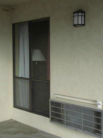 Days Inn Sonora Devils River: outside entrance