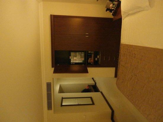 TAV Airport Hotel: bed&bar