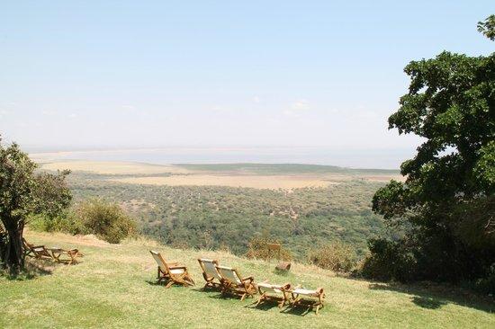 Lake Manyara Hotel: panorama dal giardino