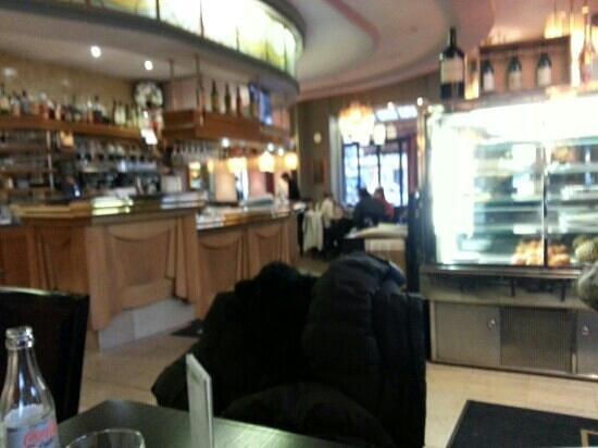 Brasserie Pepiniere : Bien triste
