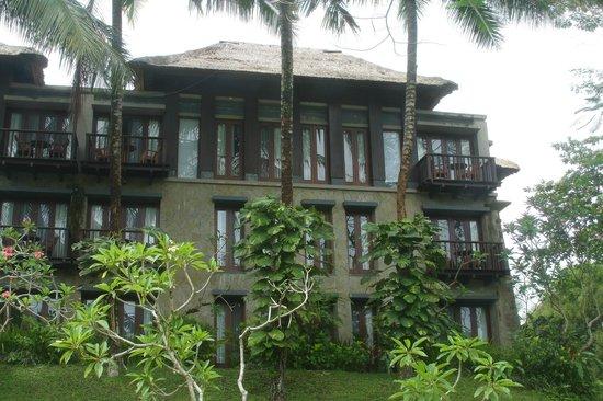 Maya Ubud Resort & Spa: Основное здание отеля.