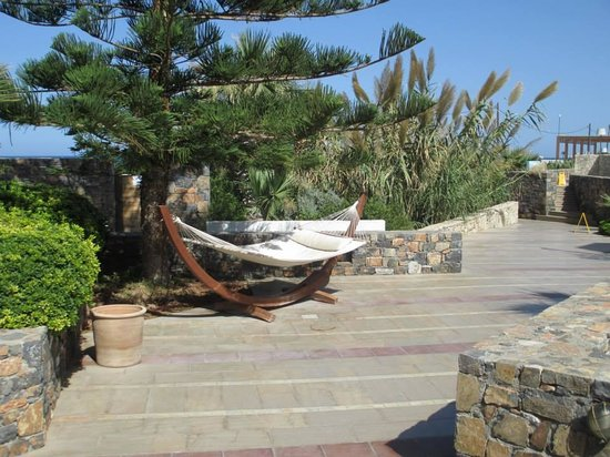 The Island Hotel: One of the double hammocks