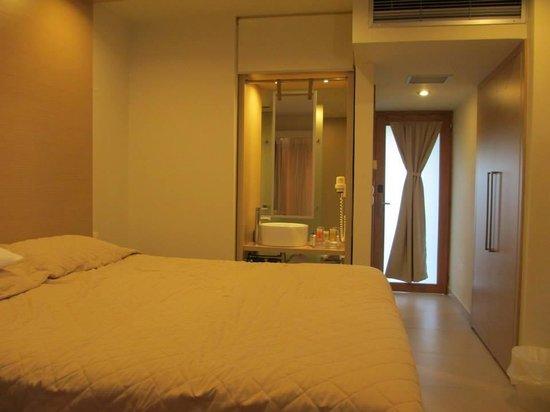 The Island Hotel : Room 602
