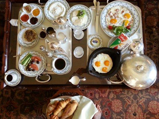 Hotel Albergo: Petit-déjeuner