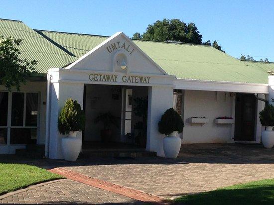 Umtali Country Inn: Entrance