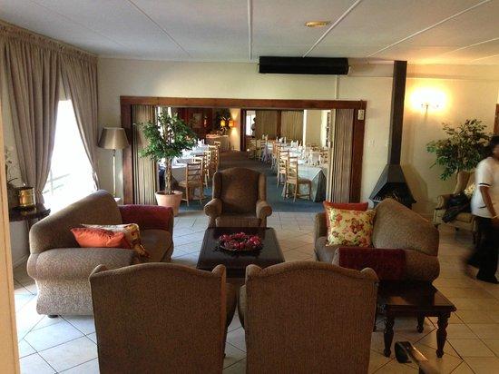 Umtali Country Inn: Lobby