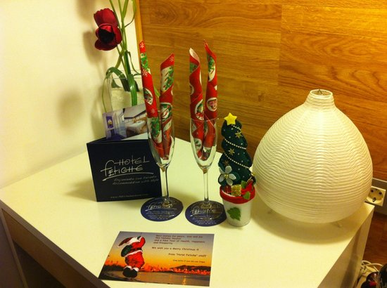 HOTEL FETICHE: A letter from Santa!