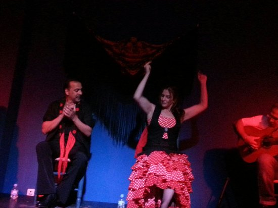 Kelipe Centro de Arte Flamenco: Suzanne on fire!