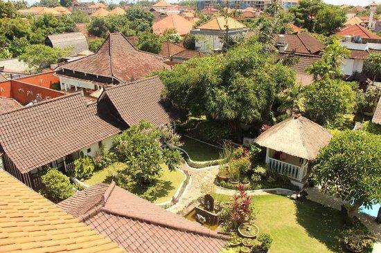 Hotel Puri Tempo Doeloe: Hotel Grounds