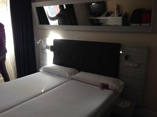 Petit Palace Puerta Del Sol: la camera