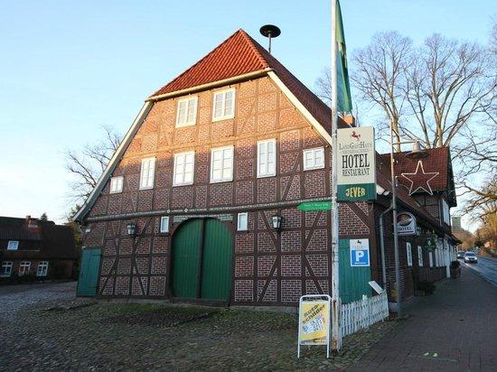 LandGastHaus Niedersachsen: Außenansicht Gasthaus