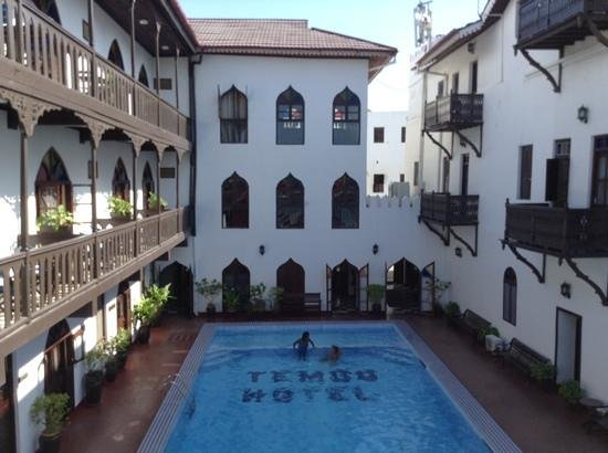 Tembo House  Hotel & Apartments: View from sundeck
