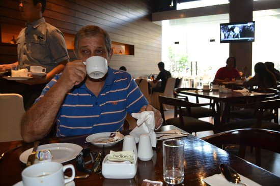 Midtown Hotel: Breakfast Room