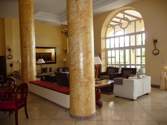 Paradisus Varadero Resort & Spa: royal service lobby