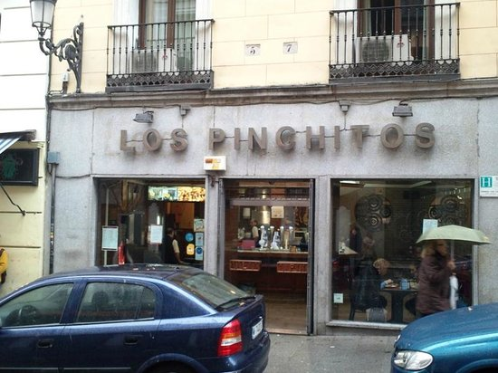 Los Pinchitos: Sign