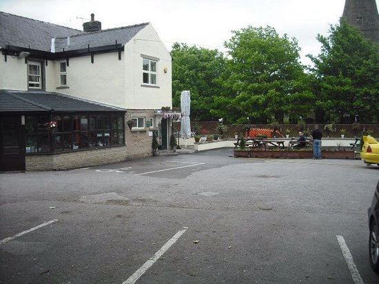 The Woodroffe Arms: Carpark