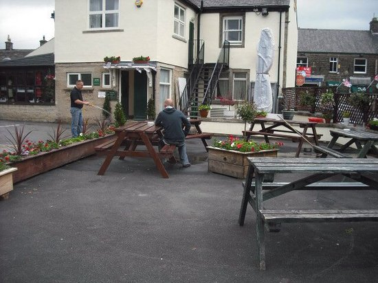 The Woodroffe Arms: Outside seating