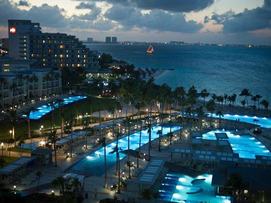 Hotel Riu Palace Peninsula: Sunset