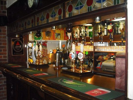 The Woodroffe Arms: The bar