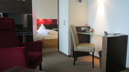 Hotel Am Augustinerplatz: комната