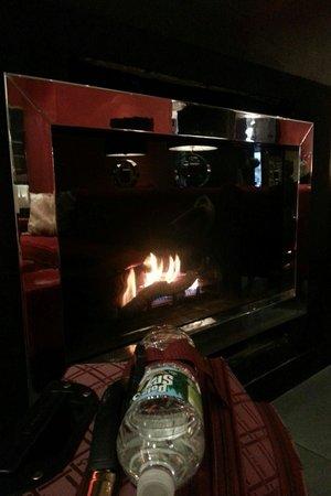 Ameritania Hotel: Ameritania fire place