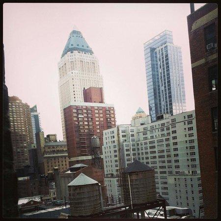 Ameritania Hotel: Room day view
