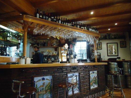 Bar Kiki: Bar