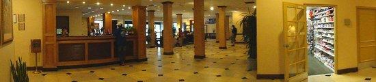 Clarion Hotel Anaheim Resort: Lobby