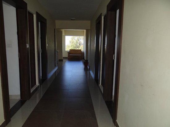 Sterling Ooty Elk Hill: The Floor Passage
