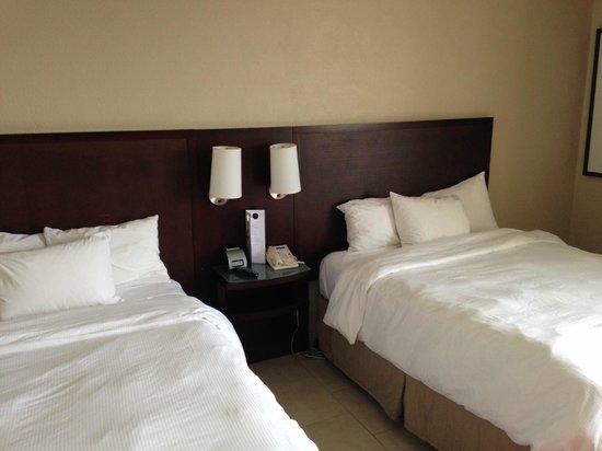 Pier Sixty-Six Hotel & Marina: Bett