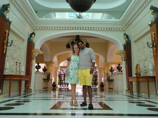 Iberostar Grand Hotel Bavaro : the entrance, we had this picture taken on our way out