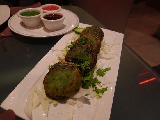 Guru Palace: Spinach kebabs (appetizer)